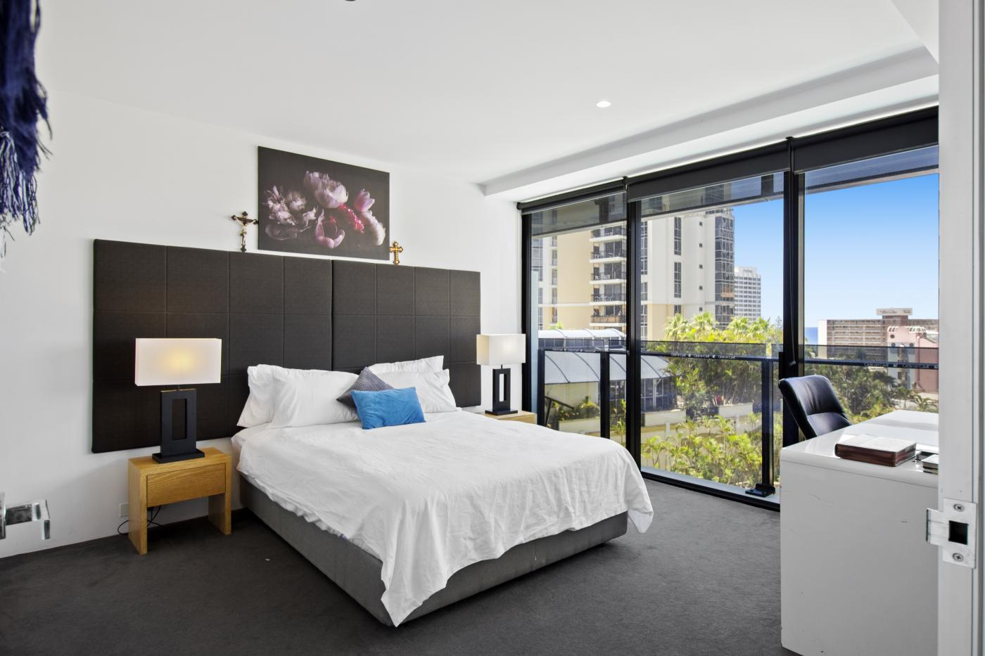 2082 - 9 Ferny Avenue, Surfers Paradise M-Motion Real Estate