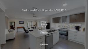 5 Windward Court Hope Island Qld 4212 M-Motion Real Estate Kellie Bennett 3D Wlakthrough
